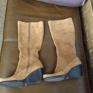 Aerosoles Gather Round suede boots 7M new